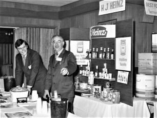 Mort Ginsberg with food display at Kozal's 1972