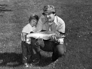 Richard Hanaman with son Jeffrey 1977