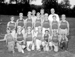 G'town L.L. 1960 Giants (2)