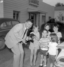 Congressman Joe Resnick responds to constituents Greenport 1966