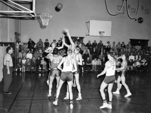 Roe Jan Central Basketball 1957 (3)