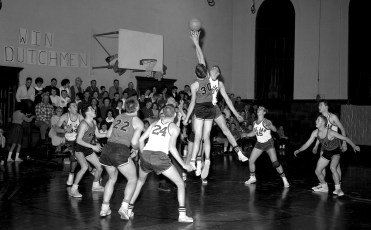 Roe Jan Central hosts New Lebanon Central 1963