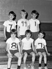 St. Mary's Academy 1st. Grade Basketball Hudson 1973 (1)