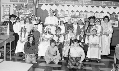 St. Mary's Academy Bicentennial Day Hudson Nov. 1975 (8)