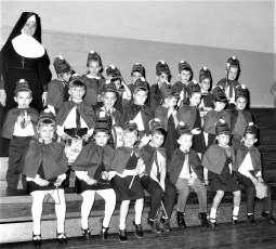 St. Mary's Kindergarten B-Ball 1968 (8)
