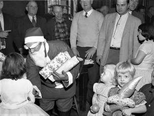 Clermont Fire Dept. Xmas Party 1956 (5)