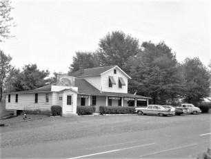 Howards Steak House Rt 9 Nevis 1960 (1)