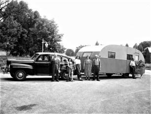Kalfur/Cross/Loonie Families Rt 9G Clermont 1948