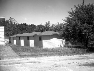 Waterview Cosy Cabins Clermont 1949 (6)