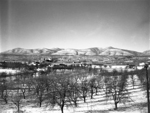 Don Weber views of G'town 1947