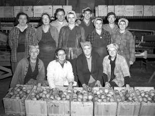 G'town Cold Storage Coop employees 1947 (5)