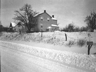 Snow Storm G'town NY 12 27 47 (2)