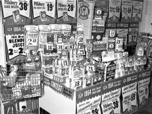 IGA win a Chev Bel Air contest 1954