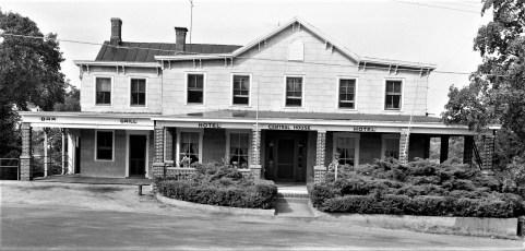 Central House Hotel Robert Dixon, new Prop. G'town 1958 (1)