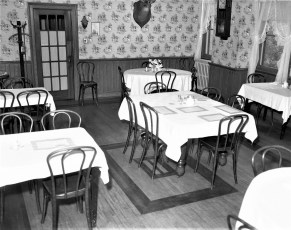 Central House Hotel Robert Dixon, new Prop. G'town 1958 (2)