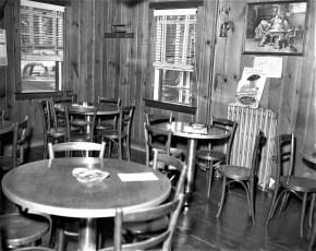 Central House Hotel Robert Dixon, new Prop. G'town 1958 (3)