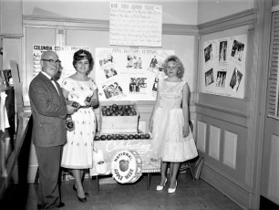 State Bank of Albany G'town Branch, Col. Cty. Apple Week, 1962