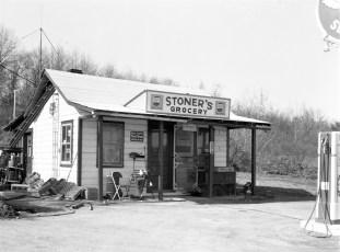 Stoner's Grocery Rt. 9G G'town 1964 (1)