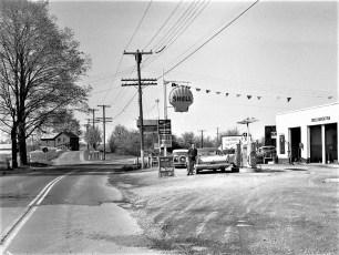 Van's Service Station 9G N. G'town 1960 (2)