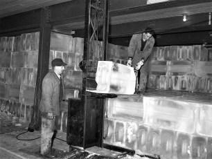 Hudson Cold Storage Rt 9 Greenport 1954 (1)