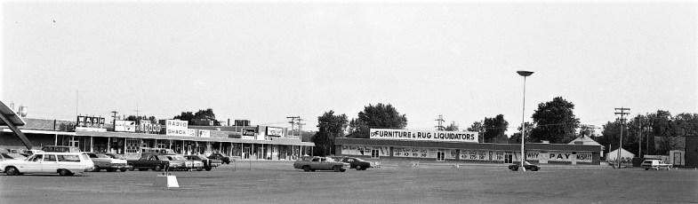 Shop Rite Parking Lot Businesses Greenport 1974 (3)