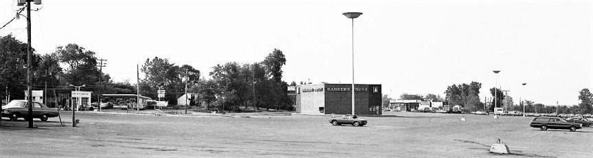 Shop Rite Parking Lot Businesses Greenport 1974 (5)