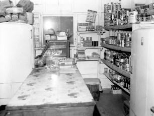 Ben Bartolotta Grocery Store Linlithgo 1962 (2)