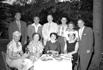 Ben & Betty Bartolotta's Lawn Party 1956 (2)