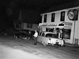 Schroeder's Store Linlithgo 1954