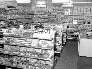 Stan & Ann's Grocery & Deli Rt 9 Livingston 1959 (2)