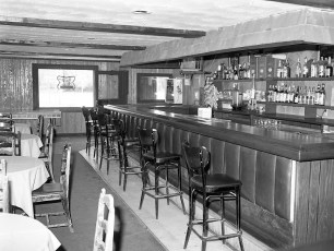 Charlie B's Rt. 9G Red Hook 1977 (2)