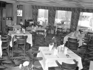 Red Hook Hotel 1961 (3)