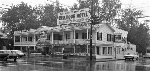 Red Hook Hotel 1961 (4)