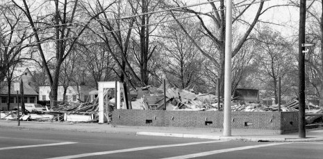 Red Hook Hotel torn down for new Shell Station 1964 (2)