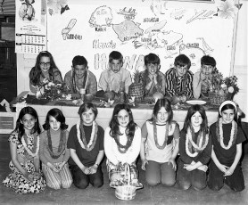 Stottville School Students Planning Mother's Day Program 1971
