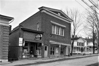 Philmont Movie House Main Street 1958 (1)
