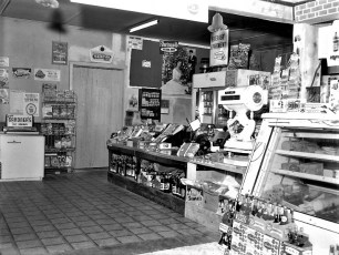 Dino's Deli & Grocery Store Tivoli 1959 (2)