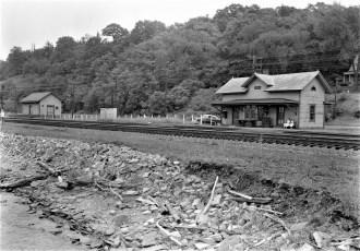Tivoli Railroad Station 1956 (1)
