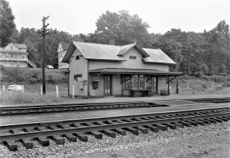 Tivoli Railroad Station 1956 (2)