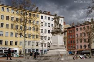 Statue de Jacquard à la Croix-Rousse