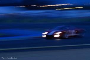 La nuit tombe sur la GT40, Le Mans, 9 juillet 2016
