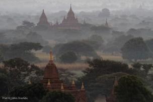 Pagodes de Bagan, Birmanie, Décembre 2014