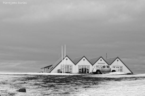 Bâtiments d'accueil au Jokulsarlon, Islande, Mars 2016