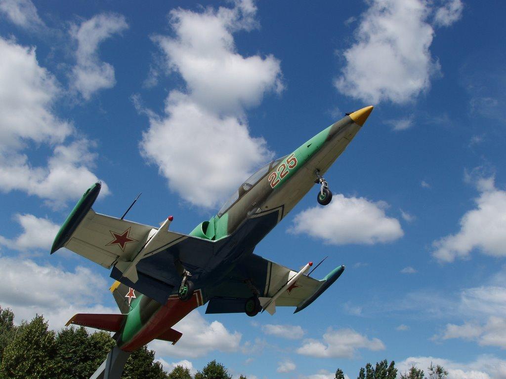 Фото самолет в городе Балашов