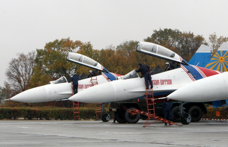 Mig-29 jets of the Russian air force during the aviation show Russian Air Force jet at the air base in Kant, outside Bishkek, Kyrgyzstan, 27 October 2013