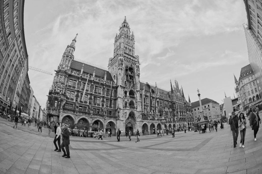 Sunday Evening at Marienplatz