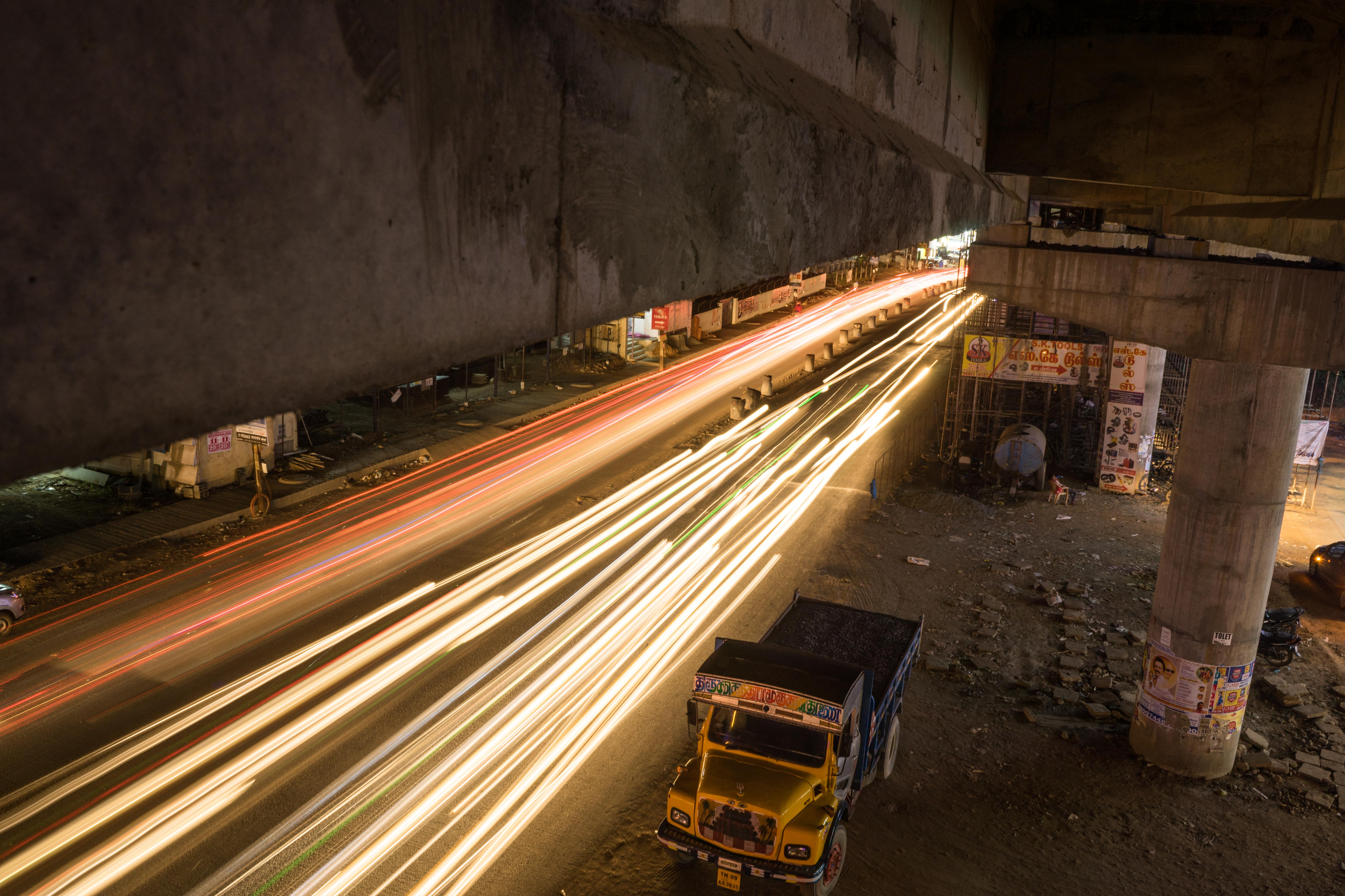 Long time exposure of Indian city traffic