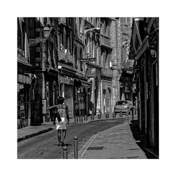 Pierre -Rue courbe