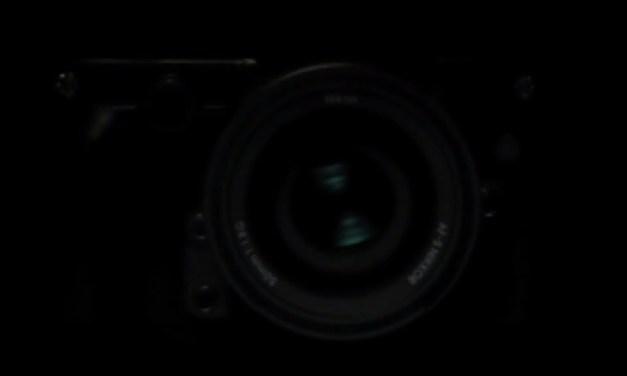 Nikon sort son rétro