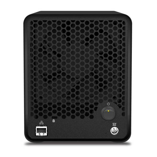 The back of the Drobo 5N only offers one connection type— gigabit ethernet.